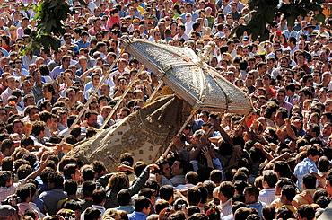 Procession, 'romeria' (pilgrimage) to El Rocio, Almonte, Huelva province, Andalucia, Spain