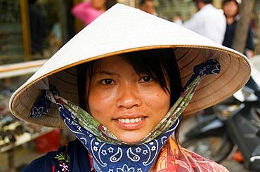 portrait of Vietnamese vendor in Hanoi