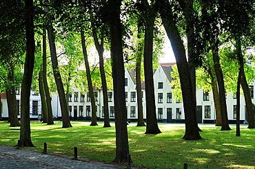 Belgium, Flanders, Brugge, The Begijnhof Convent, UNESCO World Heritage Site
