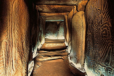 Gavrinis passage tomb (c, 3500 BC), Gulf of Morbihan, Bretagne, France