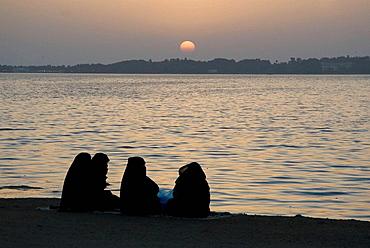Saudi Arabia, Jeddah, Red Sea, corniche at night