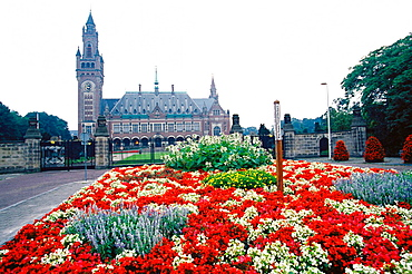Vredespaleis ('Peace Palace'  1909-1913) houses United Nations' International Court of Justice, The Hague, Holland