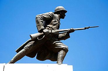 Statue to commemorate end of First World War, Piata Unirii, Unirii Square, Brasov, Transylvania, Romania