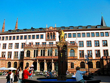 Germany, Wiesbaden, Rhine, Hesse, city hall and fountain.