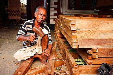 Indian carpenter working in Kochi