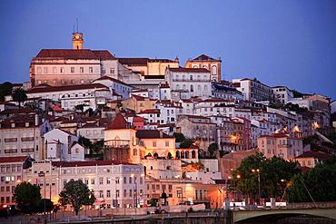 Portugal, Beira Litoral, Coimbra, skyline, general view