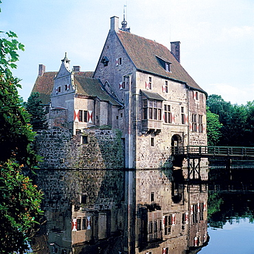 D-Luedinghausen, Stever, Muensterland, Nordrhein-WestfalenW, Burg Vischering, Wasserburg, Ritterburg, Mittelalter, Muensterlandmuseum, D-Luedinghausen, Stever, Muensterland, North Rhine-WestphaliaW, Vischering Castle, water castle, knights castle,