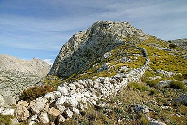 Penyal des Migdia, 1356 meters and Sa Rateta, 1113 meters, Soller Sierra de Tramuntana in Majorca, Balearic Islands, Spain