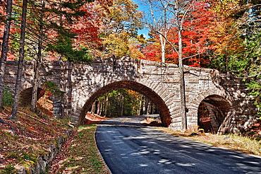 Carriage patg bridge along road through Acadia NP, Maine, ME, USA