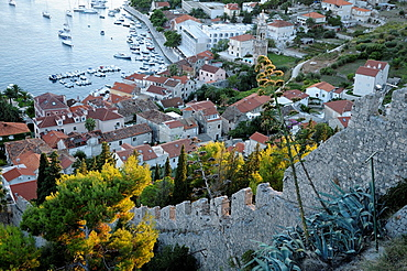 Croatia, Hvar island, Hvar Old town, harbour and fortifications seen from Spanjola fortress