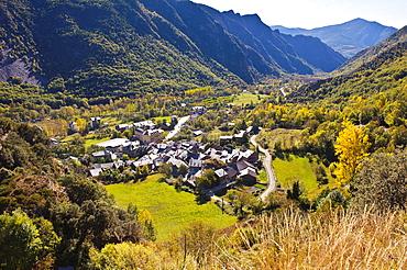Ribera de Cardos, Vall de Cardos, Parque Natural del Alto Pirineo, Lleida province, Catalonia, Spain
