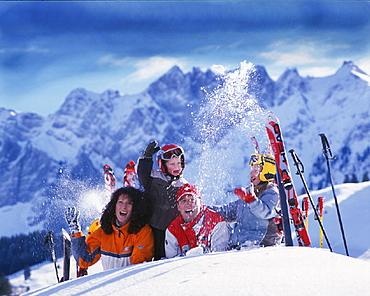Alps, Appenzell, chat, cheering, family, fresh, fun, happiness, joke, joy, luck, mountains, portrait, Schwagalp, ski. Alps, Appenzell, chat, cheering, family, fresh, fun, happiness, joke, joy, luck, mountains, portrait, Schwagalp, ski
