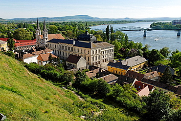10855421, Esztergom, Danube, Hungarian, Europe, ol. 10855421, Esztergom, Danube, Hungarian, Europe, ol