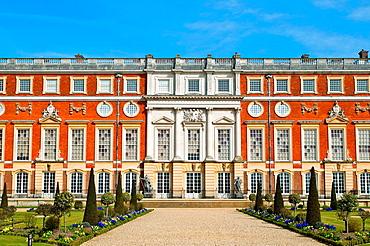 Hampton Court Palace and Privy Garden, East Facade, Surrey, England, UK