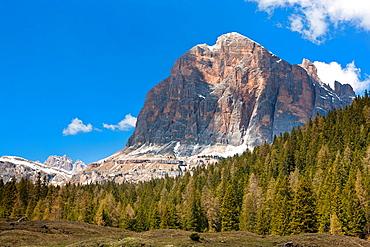 Mt Tofana di Mezzo, Pocol near Cortina D'Ampezzo, Vento, Dolomites, Italy, Europe