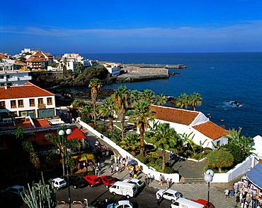 Spain, Tenerife, Canary Islands, Puerto de la Cruz, coastal panorama