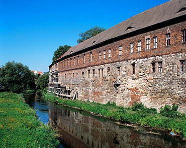 Germany, Halle (Saale), Saale, nature reserve Lower Saale Valley, Saxony-Anhalt, New Residence, renaissance, seat of the Geisel Valley Museum
