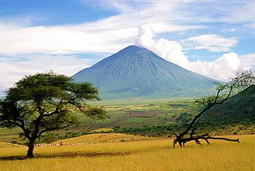 Tanzania, Ol Doinyo Lengai Volcano,