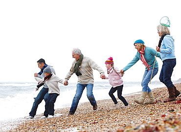 Generations Strolling on Beach, Generations Strolling on Beach