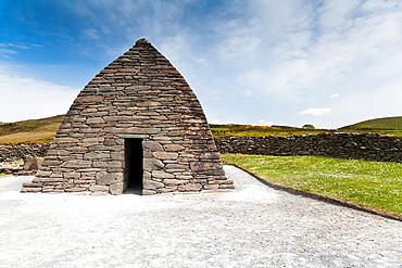 Gallarus Oratory on the Dingle Peninsula, County Kerry, Ireland, Europe