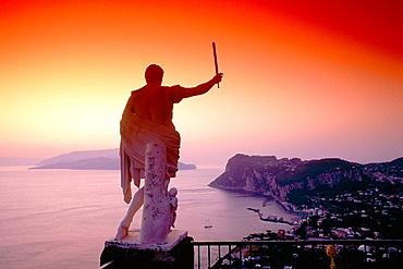 Caesar Statue above the Bay of Naples, Ceasar Augustus Hotel, Anacapri, Capri, Bay of Naples, Campania, Italy