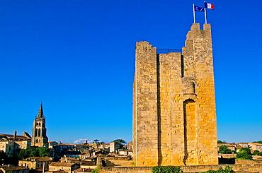 Tower of a king's castle and monolithic church St Emilion Valle de la Dordogne Aquitania Francia