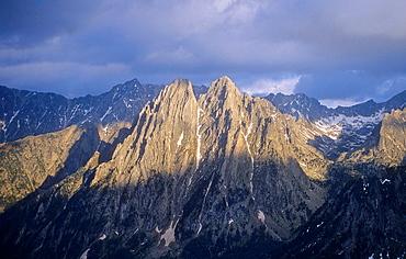 Encantats peaks, Aiguestortes i Estany de Sant Maurici National Park, Pyrenees, Lleida province, Catalonia, Spain
