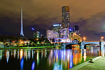 Melbourne Southbank and Yarra by night