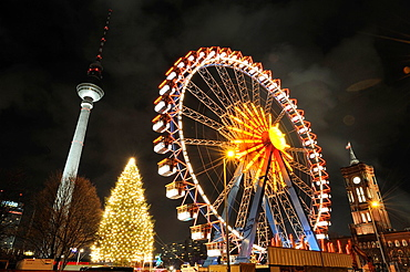 Christmas fair in front of the Red City Hall, Rote Rathaus, Fernsehturm, television tower, Berlin Mitte district, Berlin, Germany, Europe