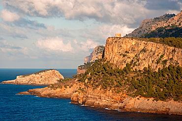 Torre Picada tower, Puerto de Soller, Sierra de Tramuntana, Majorca, Balearic Islands, Spain