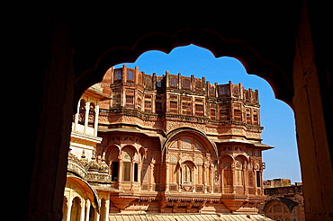 Carved windows and arches in stonework, Meherangarh Fort, Jodhpur, Rajasthan, India.