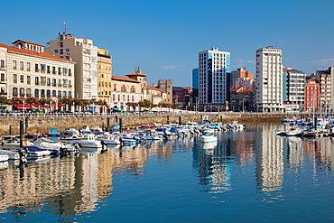 Spain, Asturias Region, Asturias Province, Gijon, Cimadevilla Old Town, harborfront buildings along the Puerto Deportivo port