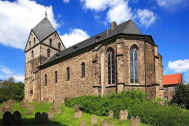 D-Dortmund, Ruhr area, Westphalia, North Rhine-Westphalia, NRW, D-Dortmund-Syburg, Ardey Hills, church St Peter zu Syburg, evangelic church, defence church, churchyard, cemetery, tombstones
