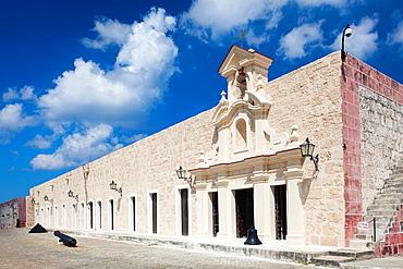Cuba, Havana, Fortaleza de San Carlos de la Cabana fortress
