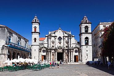 Cuba, Havana, Havana Vieja, Plaza de la Catedral, Catedral de San Cristobal de la Habana