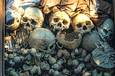 Horrible Civil War Killing Fields Memorial Siem Reap Cambodia