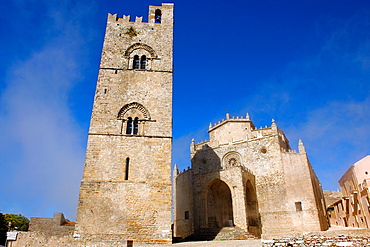 Torre de Re Frederico 2nd, erice Duomo Erice cathedral, Sicily stock photos