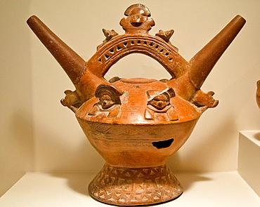 Ceramic vessel Sican-Lambayeque culture 700AC-1375AC Peru
