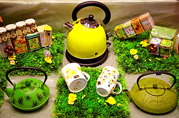 Tea shop, Bayonne, Aquitaine, Pyrenees Atlantiques, France.