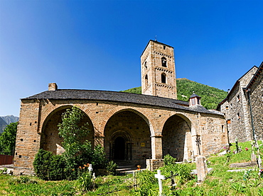 Romanesque church La Nativitat de Durro in Vall de Boi, Catalonia, Spain. Recognized as UNESCO world heritage site.