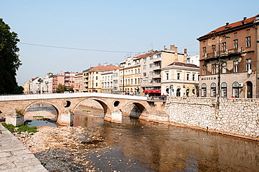Latin Bridge, Ottoman bridge over the River Miljacka, Sarajevo, Bosnia and Herzegovina