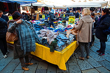Market at Piazza Prampolini square Reggio Emilia city Emilia-Romagna region northern Italy Europe