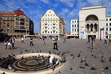 Romania, Timisoara, Piata Victoriei, National Opera, people,