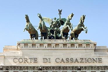 Italy, Lazio, Rome, Quadriga on the Palace of Justice Palazzo di Giustizia or Palazzaccio by Guglielmo Calderini