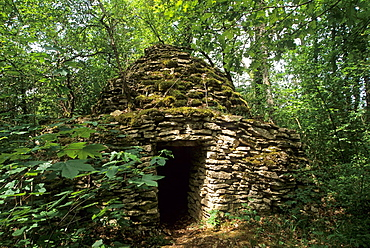 Cadole, dry stone hut, Aube department, Champagne-Ardenne region, France, Europe