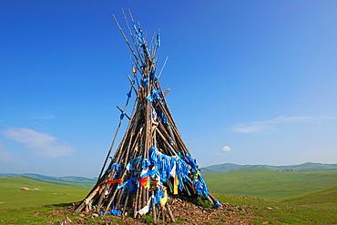 Mongolia, Arkhangai, Yellow Steppe valley, Ovo, buddhist monument