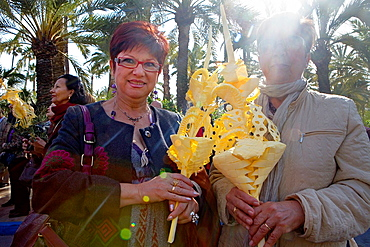 Believers  Palm Sunday procession procesion de Jesus triunfante, Elche  Alicante province, Comunidad Valenciana, Spain