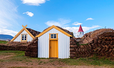 Traditional houses in GlaumbÊr, roofs and walls built of peat in the eighteenth century  Iceland, Scandinavia, Europe