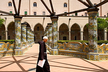 cloister of the Clarisses, with the unique addition of majolica tiles in Rococo style, Santa Chiara complex, Naples, Campania region, southern Italy, Europe
