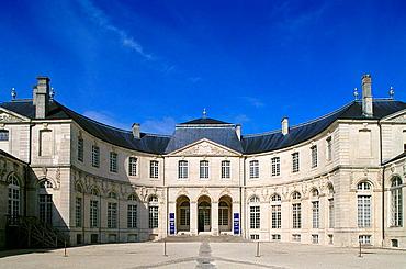 Centre Mondial de la Paix, Palais Episcopal, Verdun, Lorraine, France
